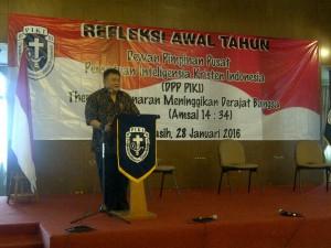 Baktinendra Prawiro (Ketua Umum DPP PIKI) Memberi kata sambutan dan Refleksi pengantar