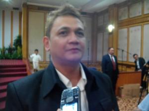 Ronny Tambayong, Direktur Utama HMT Tour & Travel